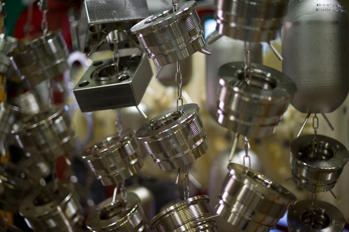 Evite la corrosion et l'usure du laiton.